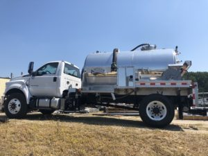 2018 Ford F-750 with 2000 Gallon PRT Tank#18V077