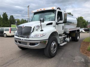 2020 International MV with 2,800 Gallon Vacuum Tank